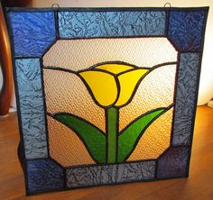 Stained glass tulip with van gogh border
