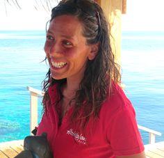 30 ottobre 2013: Vakarufalhi, Maldive. Giusto un piccolo briefing prima di partire e poi tutti in acqua!