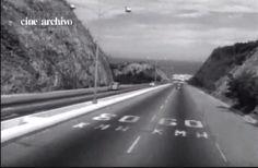 Llegando al Litoral Central a través de la autopista Caracas-La Guaira, años '50