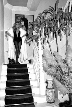 Dalida Bazar Bizarre, Jean Mermoz, Le Divorce, Dalida, Delon, Morris, Old Hollywood Stars, Famous Singers, Vintage Fur