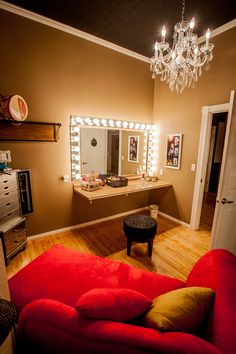 I would love to have a makeup room like this Soon.I will :) Nail Design, Nail Art, Nail Salon, Irvine, Newport Beach Dream Rooms, Dream Bedroom, My New Room, My Room, Home Renovation, Deco Studio, Home Salon, Makeup Rooms, Ikea Makeup