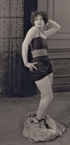 Flapper Flasher ☆ Clara Bow ☆ Detail of original photograph from Rough House Rosie (1927) ☆