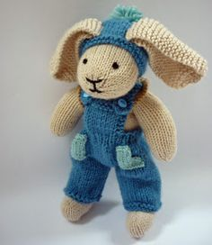 Crochet Amigurumi Rabbit Patterns Mack and Mabel: Free Knitting Pattern for Rabbit Trousers Knitted Bunnies, Knitted Animals, Knitted Dolls, Crochet Dolls, Knitted Bags, Free Knitting, Baby Knitting, Knitting Toys, Animal Knitting Patterns