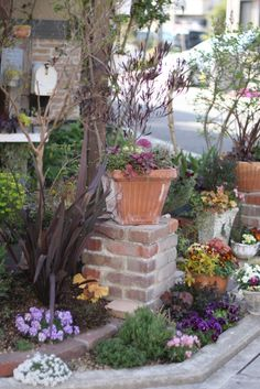 Garden Deco, Garden Art, Garden Design, Garden Structures, Garden Paths, Green Garden, Flowering Trees, Garden Planters, Patio