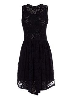 MOB - Vestido preto rendado. 1