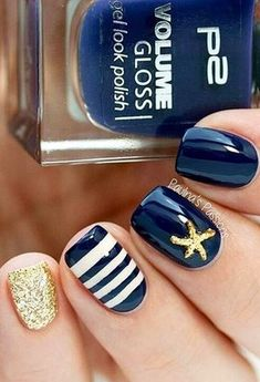 Love the way navy works for the summer with this design