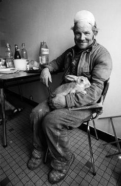 Stone Cutter and his Rabbit © Madeleine de Sinéty