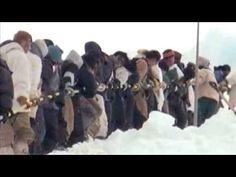 Iñupiaq Whale Hunt - YouTube