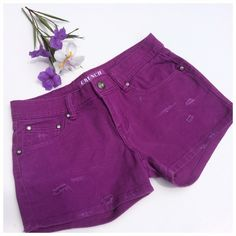 THE PERFECT SUMMER SHORTS Crunch Authentic denim, 5 pocket jean shorts, gorgeous orchid, slight distressed, Crystal riveted front pockets, Crystal center button, silver hardware. (#10 Crunch Authentic Denim Shorts Jean Shorts