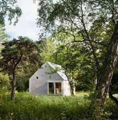 How To Build A House With A Limited Budget in Sweden [this is such a cool little house!]