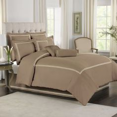 Wamsutta® Baratta Stitch Comforter Set in Canvas - BedBathandBeyond.com