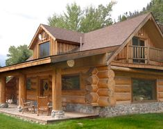Vacation Cabin in Clinton Log Cabin Living, Small Log Cabin, Tiny House Cabin, Cabin Style Homes, Log Cabin Homes, Cabins In The Woods, House In The Woods, Log Home Designs, Lake House Plans