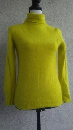 Check out this item in my Etsy shop https://www.etsy.com/listing/538364015/citrus-lemon-lime-vintage-long-sleeve