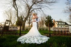 Beautiful wedding gown! Spring wedding at Mildale Farm in Kansas. Photo by @deannajohnson