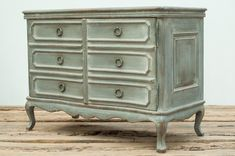 Reclaimed Pine Wood Walnut Top Serpentine French Commode x Bedroom Furniture Sets, Cabinet Furniture, New Furniture, Grey Upholstered Bed, Sleigh Bedroom Set, Dresser Storage, Green Cabinets, Building Furniture, Wood Dresser