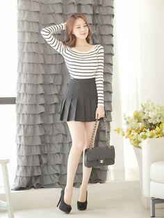 pleatedminiskirts:  itsukadokoka:  fresh tennis skirt ♥  Oh wow! A lovely tennis…
