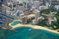 Amazing Of Hawaii Island In Waikiki Beach The Best Place Holiday In America 1 Waikiki Beach, Oahu Hawaii, Hawaii Beach, Oahu Vacation, Vacation Spots, Holidays In America, Tourist Spots, Beautiful Beaches