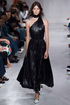 Calvin Klein 205W39NYC Spring/Summer 2018 Ready to Wear   British Vogue