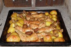 csirkecomb-pekne-modra-dobj-mindent-tepsibe-es-mar-sutheted Meat Recipes, Cake Recipes, Chicken Recipes, Cottage Meals, Hungarian Recipes, One Pan Meals, Whole 30 Recipes, Bacon, Food Porn