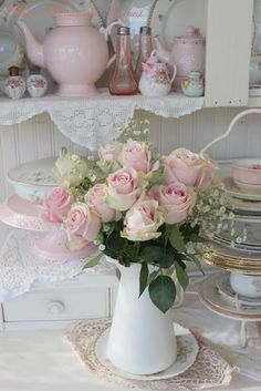 pink roses, country kitchen
