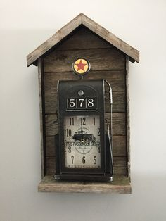 Barn Board Projects, Clock, Antiques, Wall, Home Decor, Watch, Antiquities, Antique, Decoration Home