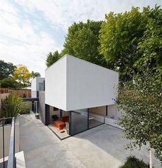 De Matos Ryan a terminé The Garden House, une nouvelle maison design de 179 m² dans le Sud Ouest de Londres.