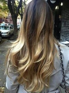 simple ombre tips #essencia #essenciabeauty #essenciasalon