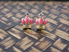 Vintage Crown Stud Earrings
