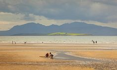 Families at Ettrick Bay on the Isle of Bute Isle Of Bute, Scotland Holidays, Visit Uk, Syrian Refugees, Scottish Islands, Arran, The Guardian, Britain, Travel Destinations