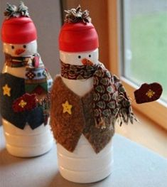 Recycle your household items for new use. A Christmas character this adorable is sure to be a hit, and it's very useful. Click for the tutorial for these sweet Creamer Bottle Snowmen!