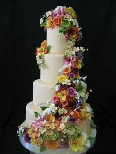 Summer is a great time to celebrate a wedding. Best if you can have it in your favorite beach destination - Batangas, Boracay, Bohol, Cebu, . Summer Wedding Cakes, Amazing Wedding Cakes, Amazing Cakes, Gorgeous Cakes, Pretty Cakes, Wedding Trends, Wedding Ideas, Occasion Cakes, Sugar Flowers