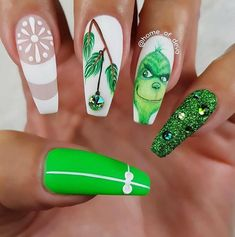31 Looks: Christmas Nail Art Inspo - Holiday Nails - Cute Christmas Nails, Christmas Nail Art Designs, Xmas Nails, Holiday Nails, Christmas Acrylic Nails, Winter Acrylic Nails, Christmas Present Nail Art, Nightmare Before Christmas Nails, Christmas Makeup