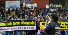 Canadauence TV: Greve: Metroviários de SP cruzam os braços nesta q...