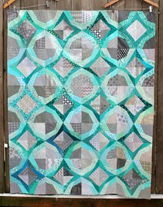 Baby it's cold outside…. Icicles by Wombat Quilts, free pattern download available.  Love the color combination