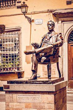 https://flic.kr/p/KYPU4s | Statue Giacomo Puccini @ Piazza Cittadella, Lucca…
