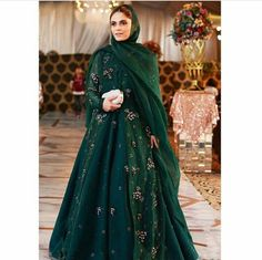 Salwar Suits Party Wear, Hi Fashion, 2 Piece Outfits, I Dress, Ball Gowns, Cool Style, Personal Style, Bride, Formal Dresses