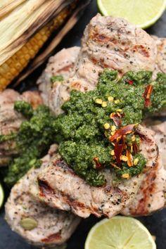 Pork fillet with coriander pesto. http://www.jotainmaukasta.fi/2012/06/18/moottoritie-on-kuuma/