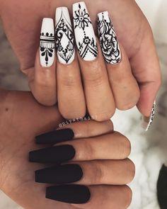 Henna Nail Art, Henna Nails, Black Nail Art, White Nails, Coffin Nails, Acrylic Nails, Acrylics, Henna Designs, Nail Designs