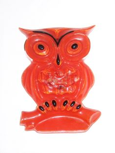 Vintage clear lucite OWL wall hanging