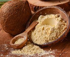 Kokosmehl ist ballaststoffreich, arm an Kohlenhydraten, gluten- und cholesterinfrei und lässt sich einfach verarbeiten. Es schont das
