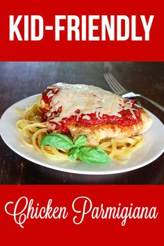Chicken breasts sautéed and covered with a tomato sauce. Most people think of this recipe as quintessential Italian, but they would be hard pressed to find such a dish in Italy. I ate my first «chicken parmesan» during my first trip to North America. Since then I have developed my own version, which I am happy to share with you. #kidfriendly