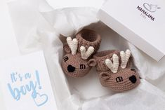 Baby boy pregnancy announcement gift box with crochet booties   Etsy Pregnancy Announcement Gifts, Pregnancy Gifts, Boy Pregnancy, New Mommy Gifts, Gifts For Father, Baby Shower Gifts For Boys, Baby Boy Shower, Pregnant With Boy, Baby Deer