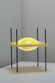Ettore Sottsass; Plastic, Lucite and Enameled Metal 'UFO' Table Lamp for Arteluce, 1957.