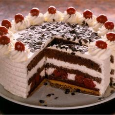 takes two days to make - traditional German Black Forest cake Chocolate Cherry Cake, Chocolate Ice Cream, Sweet Recipes, Cake Recipes, Enjoy Your Meal, German Cake, Cake Decorating For Beginners, Torte Cake, Black Forest Cake