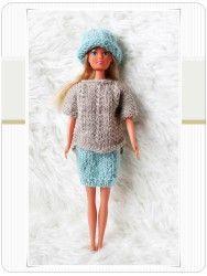 Håndlaget av Solfrid E. Winter Hats, Crochet Hats, Scrapbooking, Fashion, Knitting Hats, Moda, Fashion Styles, Scrapbooks, Fashion Illustrations