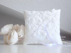 White wedding pillow bridal pillow ring bearer by lalunadianna