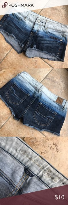 American eagle ombré shorts Size 2 perfect condition American Eagle Outfitters Shorts Jean Shorts