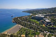 View our Paradise Bay hotel photo gallery to explore the luxury rooms, suites, meeting and wedding facilities and more at Mandarin Oriental, Bodrum. Paradise Bay, Luxury Rooms, Mandarin Oriental, Event Venues, City Photo, Photo Galleries, Places To Visit, Photo And Video, Outdoor