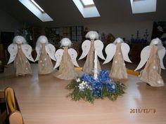 Andělé z lahví  a balicího papíru - kašír