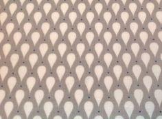 Stoff grafische Muster - Wachstuch grau Tropfen weiss Punkte blau - ein Designerstück von Herz-klopfen bei DaWanda